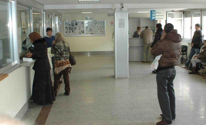 Gli stranieri in attesa del permesso di soggiorno potranno ...