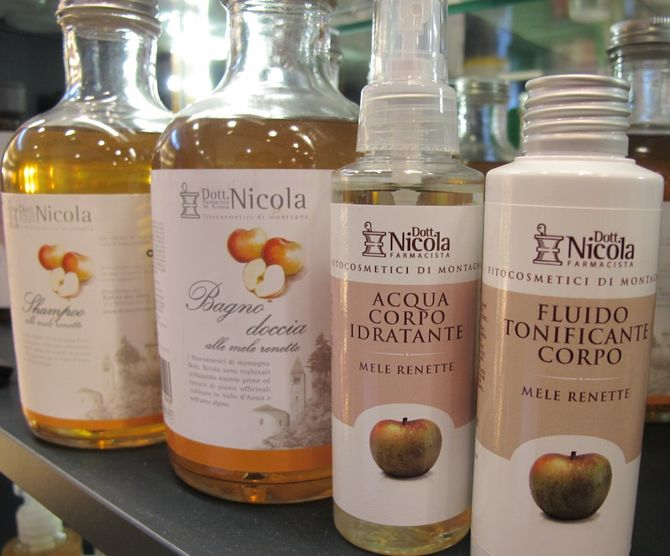 Bagno Idratante Naturale : Cosmesi naturale con la linea alla mela renetta aostasera
