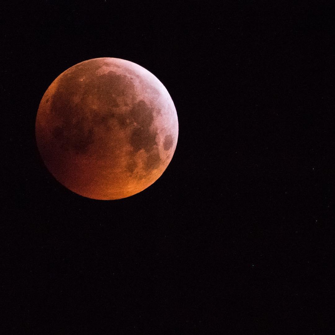 Eclissi lunare - Foto di Daniele Abate