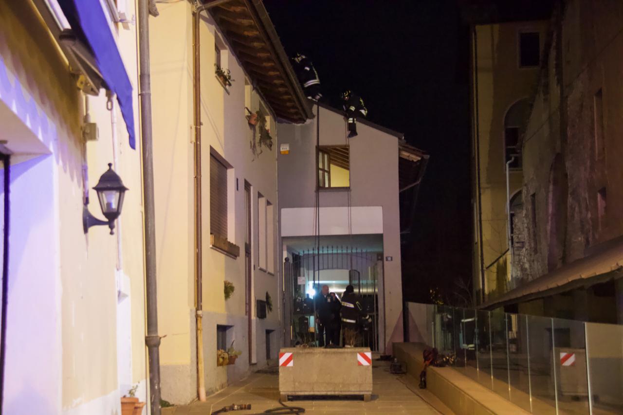 Incendio in Piazza Roncas
