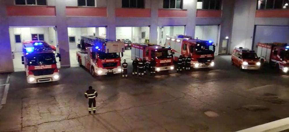 Saluto Vigile del fuoco
