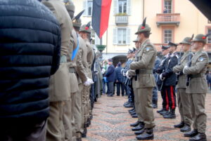 Le celebrazioni della Giornata delle Forze Armate ad Aosta