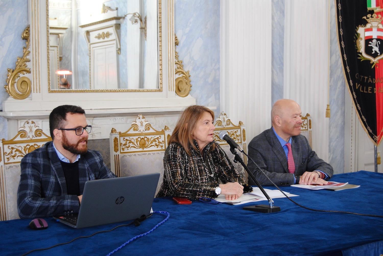 Da sx Jean Paul Tournoud TurismOk la Vicesindaca Marcoz ed il Presidente della Chambre Nicola Rosset