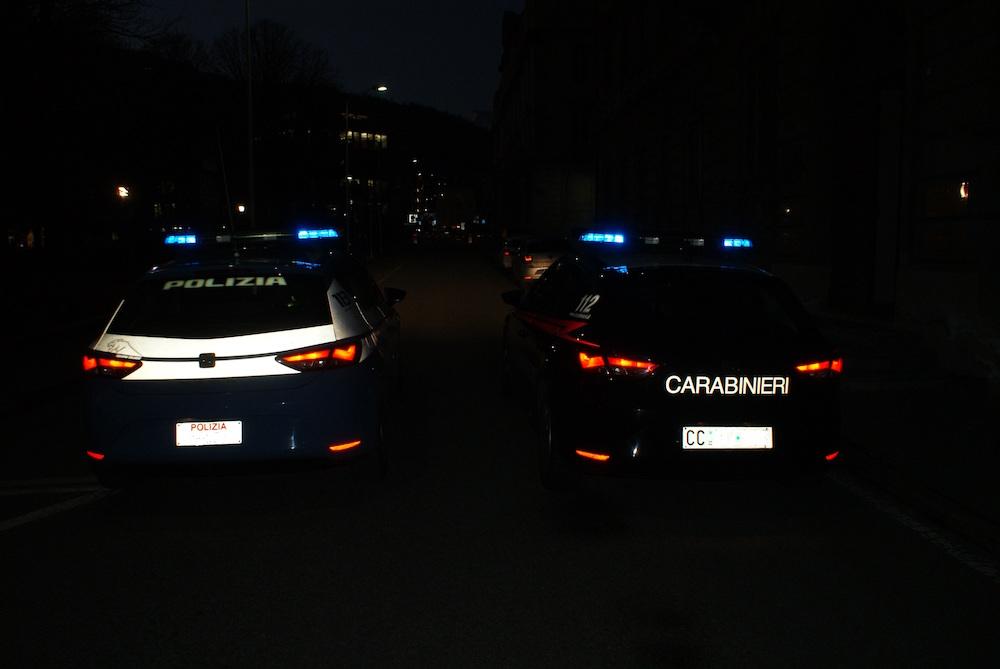 Pattuglie di Polizia e Carabinieri.