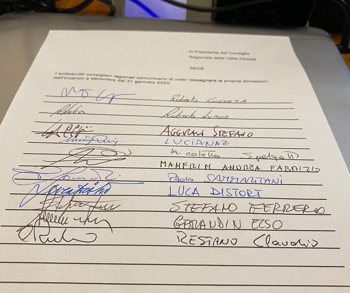 Raccolta firme per andare al voto