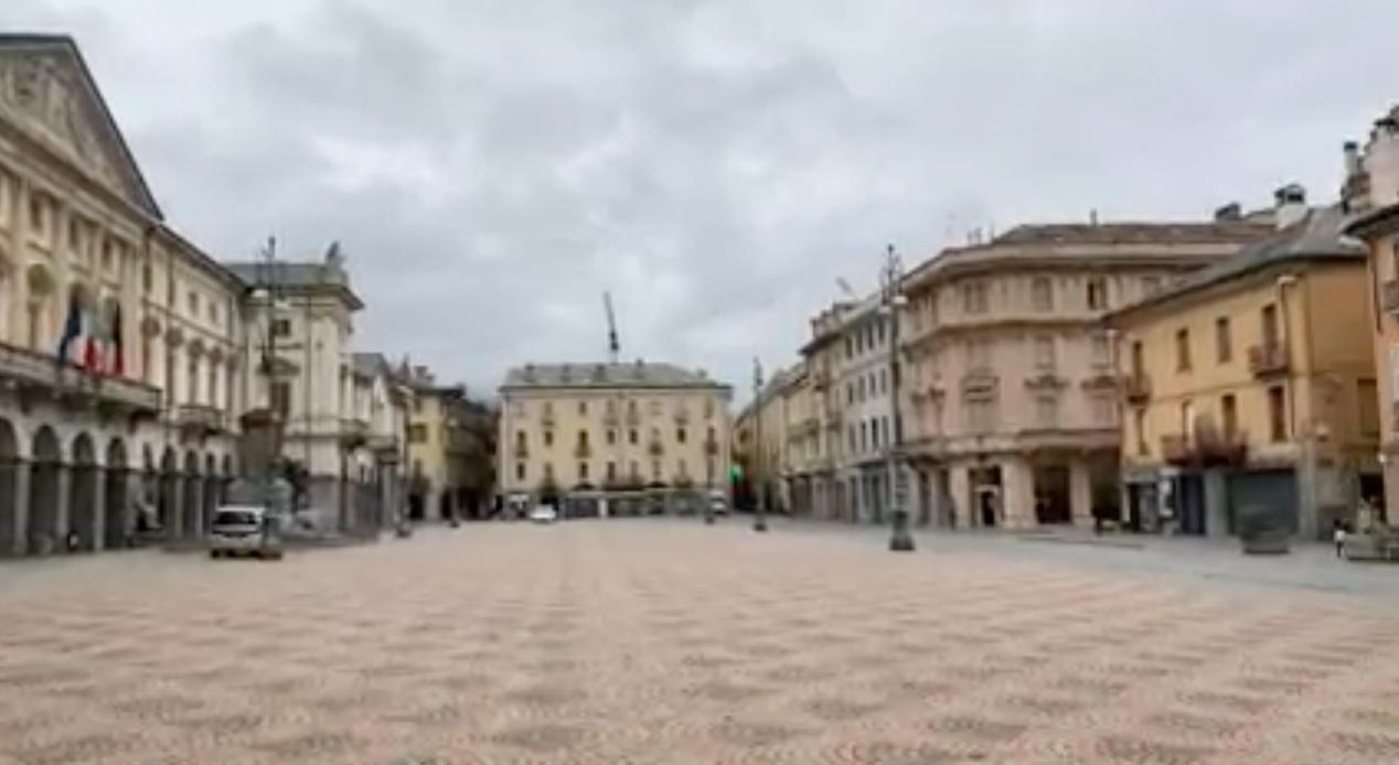 Aosta Piazza Chanoux