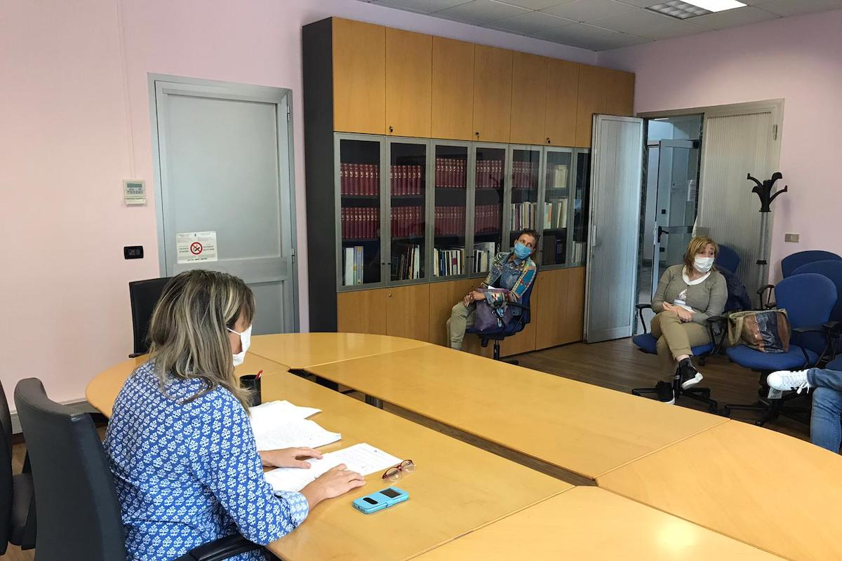 L'incontro tra i rappresentanti sindacali della scuola e l'Assessora Certan