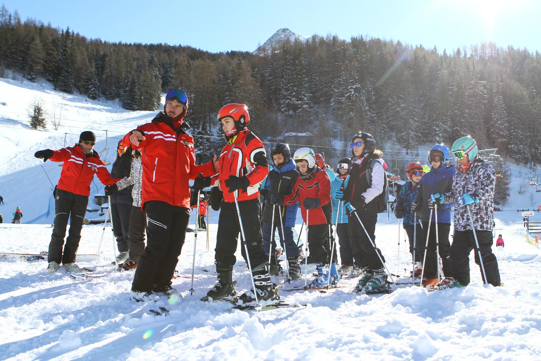 Maestri di sci, neve, scuole sugli sci