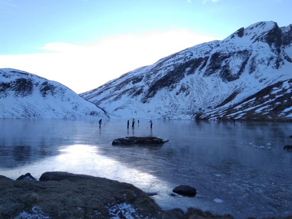 Hockey lago Verney