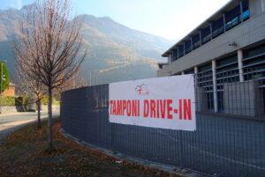 """I tamponi """"drive in"""" nell'area della Pépinière di Aosta"""