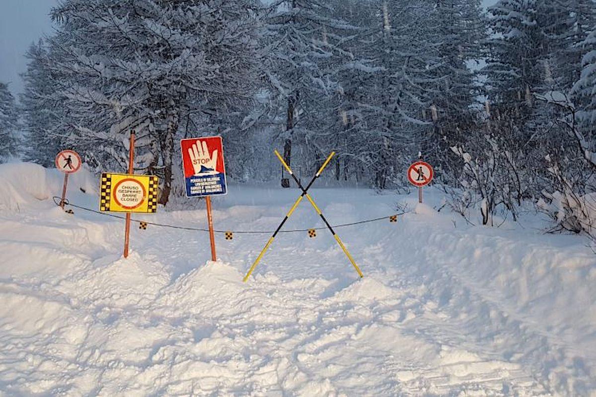 La chiusura in Val Ferret