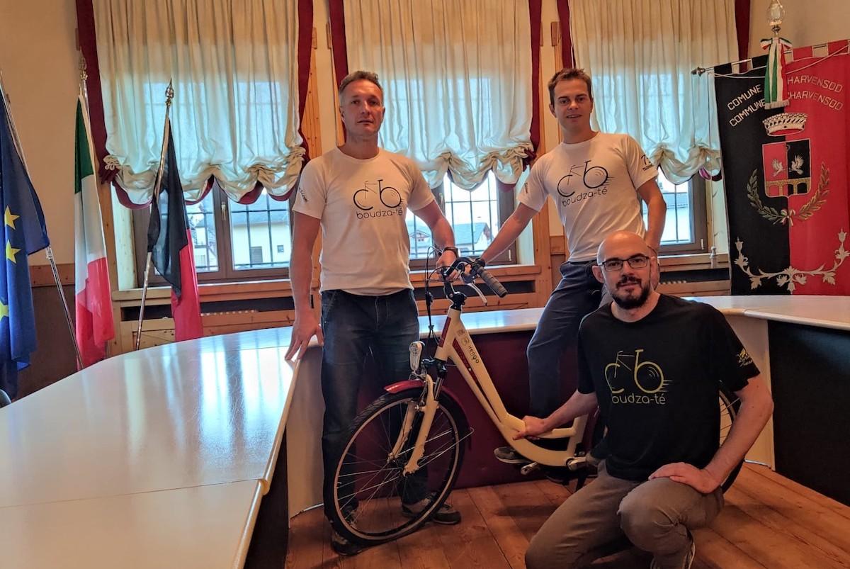 Daniele Vallet con il Vicesindaco ed il Sindaco di Charvensod Laurent Chuc e Ronny Borbey