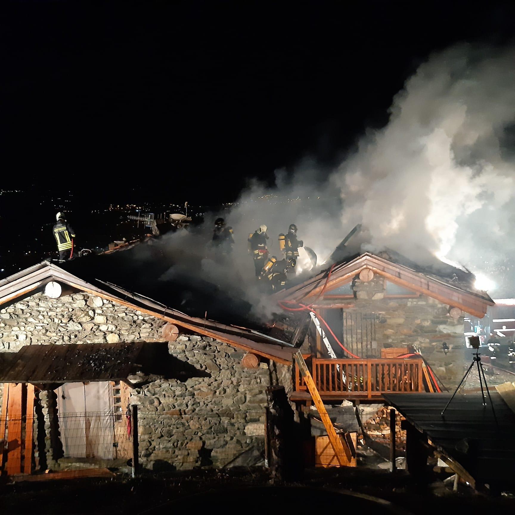 brissogne casa in fiamme