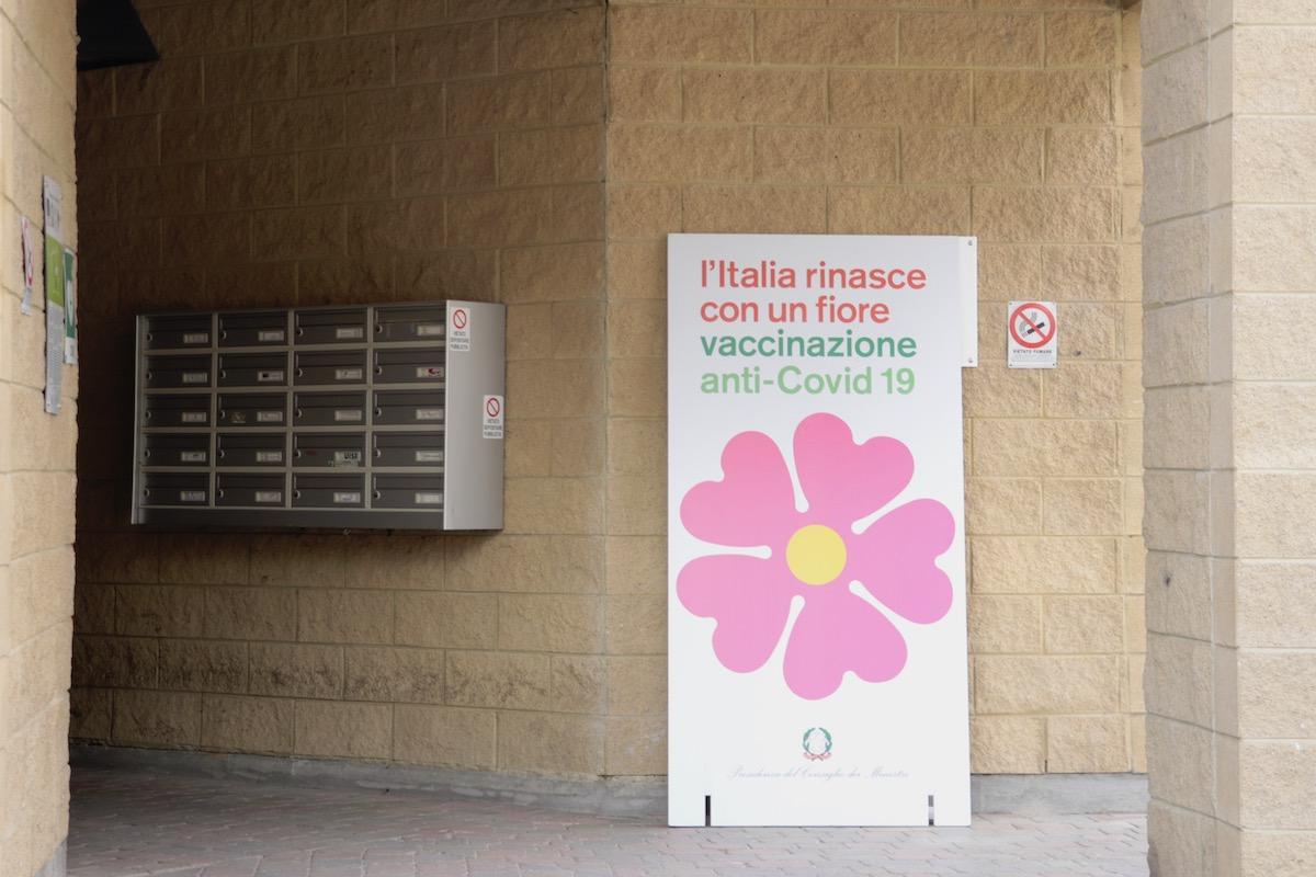 L'inizio della campagna vaccinale al Palaindoor di Aosta