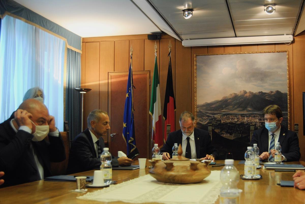 Il Ministro al Turismo Massimo Garavaglia e la Giunta regionale
