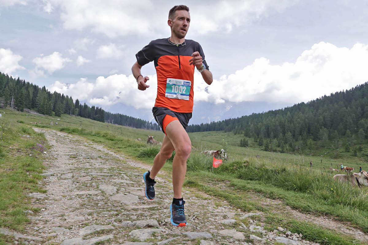 Xavier Chevrier alla Primiero Dolomiti Marathon foto Newspower it