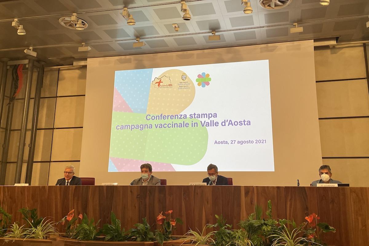 La conferenza stampa sui dati della campagna vaccinale. Da sx: Uberti, Lavevaz, Barmasse e Giardini
