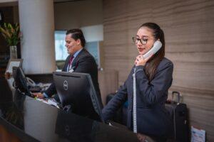 Receptionists - reception - albergo