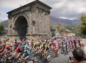 Il passaggio del Giro d'Italia   ad Aosta nel 2019