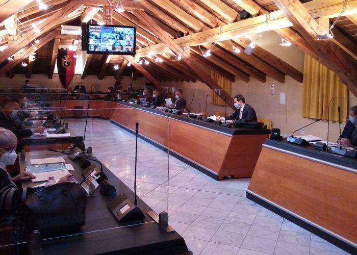 Il Consiglio comunale di Aosta - foto Twitter