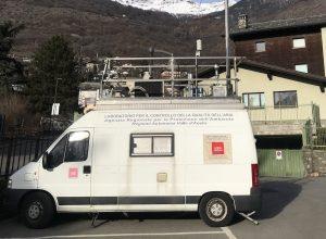 Il laboratorio mobile di Arpa al Villair di Quart