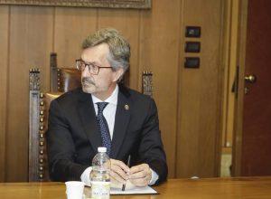 L'Assessore alla sanità, salute e politiche sociali Roberto Barmasse