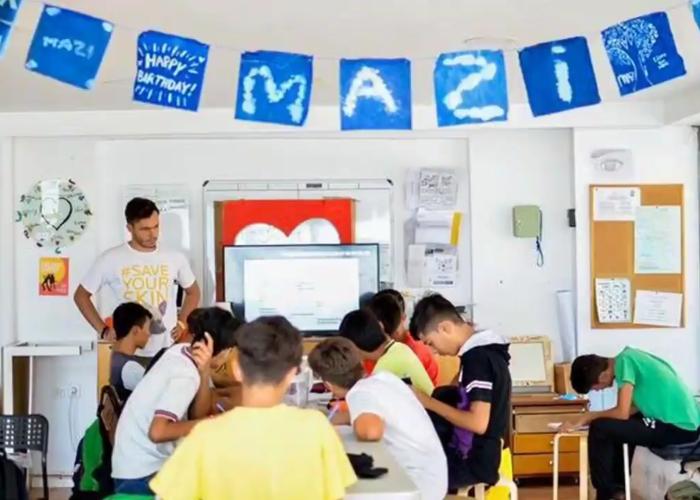Mazì la scuola nellisola di Samos in Grecia