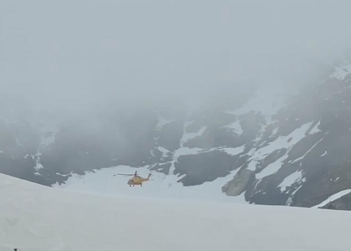 Intervento soccorso alpino valdostano sul Monte Rosa