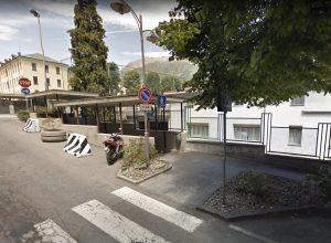 L'ingresso del sottopasso di via Roma, ad Aosta