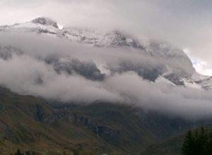 Il Cervino coperto dalle nuvole