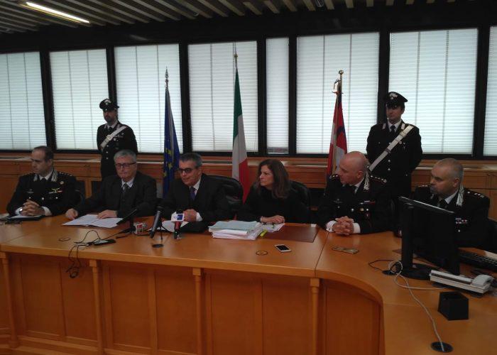 La conferenza stampa dell'Operazione Geenna. Al centro la nuova procuratrice capo Anna Maria Loreto