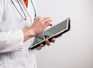 Dottore - medico - tablet - app