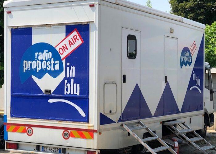 Lo studio mobile di Radio Proposta... inBlu.