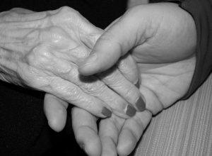 anziani, vecchi, microcomunità