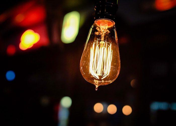 Lampadina - luce - elettricità